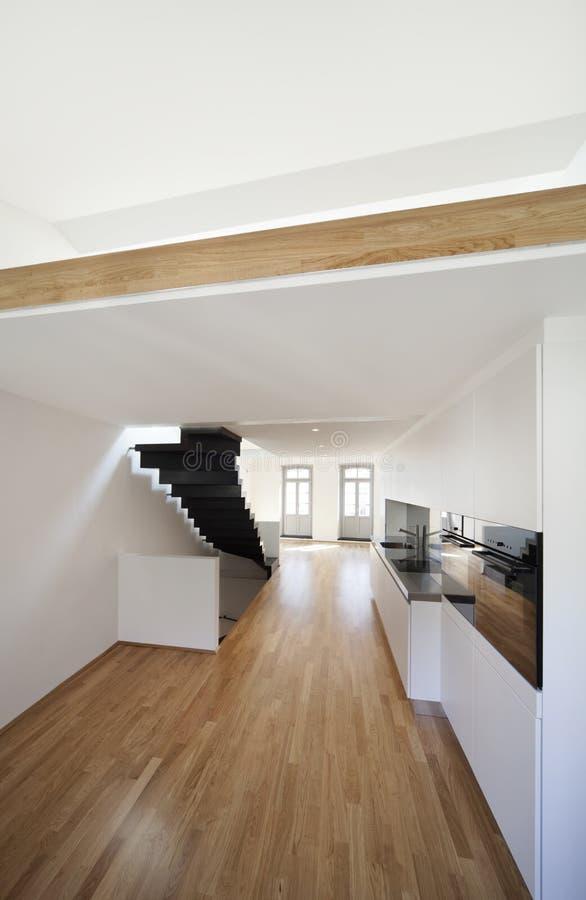 现代公寓美丽的双重的顶楼 库存图片