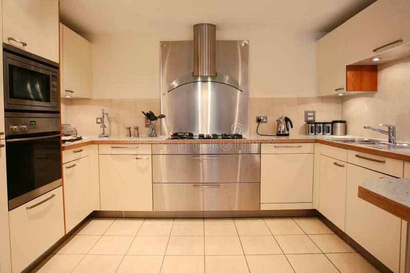 现代内部厨房的豪华 免版税库存图片