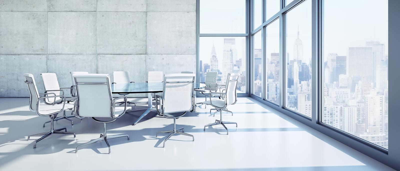 现代办公室顶楼-与椅子的圆桌 向量例证