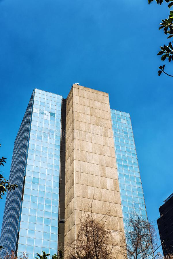 现代办公楼在墨西哥城 免版税库存照片