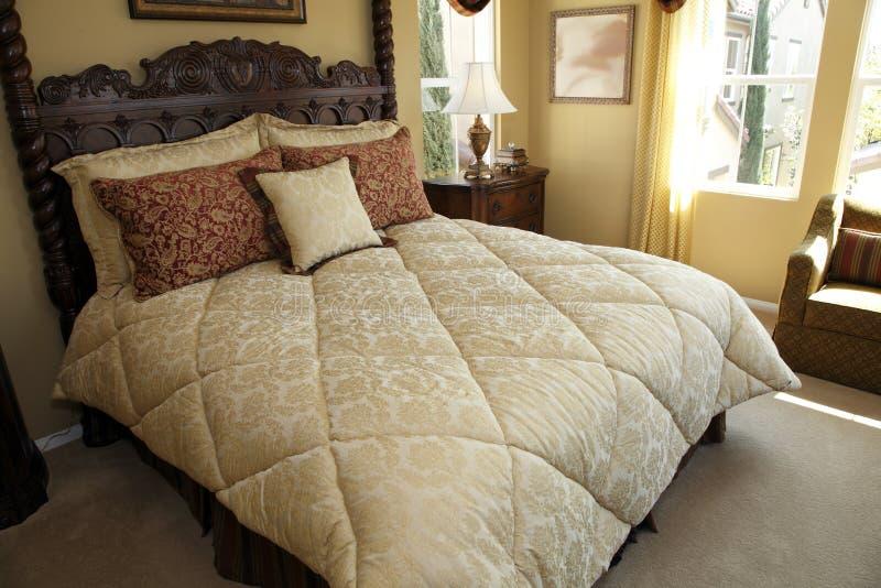 现代卧室方便的设计员 免版税库存图片