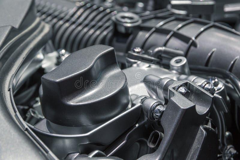 现代发动机油盖帽 免版税库存图片