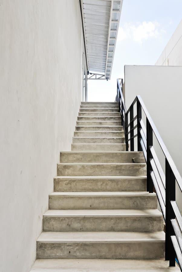 现代台阶白色 免版税图库摄影