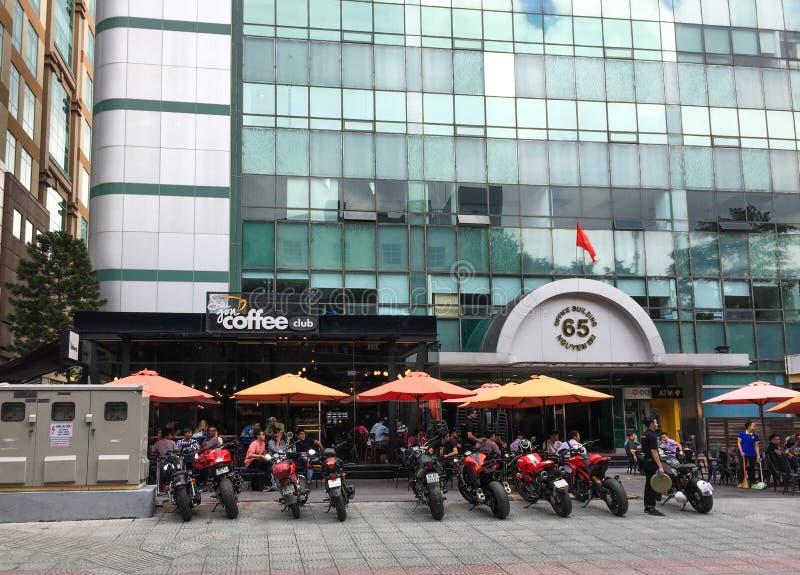现代咖啡馆在西贡,越南 免版税库存图片