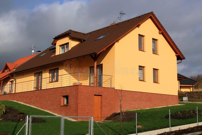 现代大系列的房子 免版税库存图片