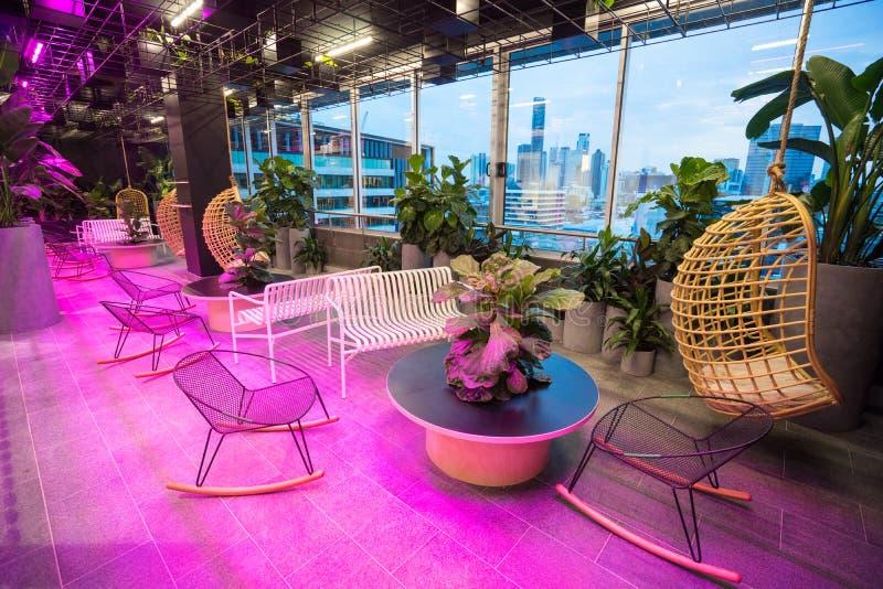 现代建筑办公室冬天室 图库摄影