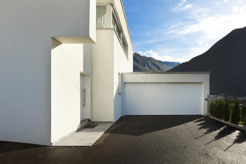 现代房子白色 免版税图库摄影