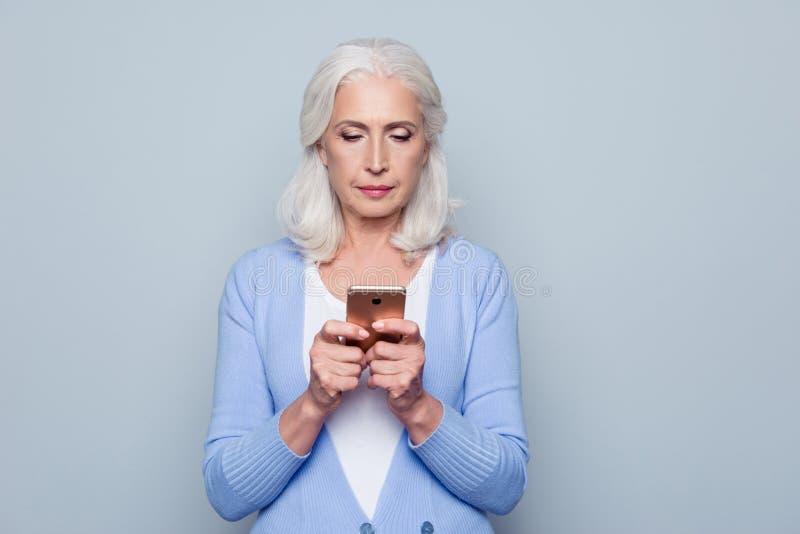 现代技术容易,快速的用法的概念在所有年龄中的 库存图片