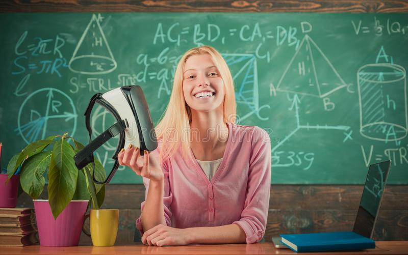 现代教育 r   ( t i 免版税库存照片