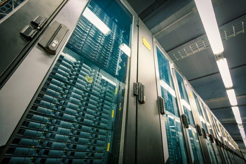 现代数据中心室 免版税库存图片