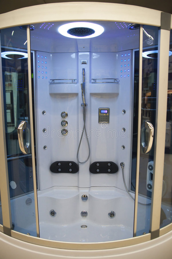 现代浴的客舱 库存图片