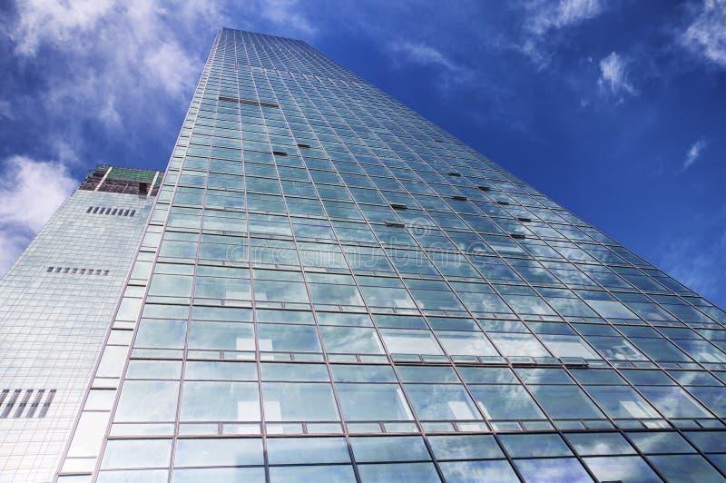 现代玻璃修造的外部深圳中国 库存照片