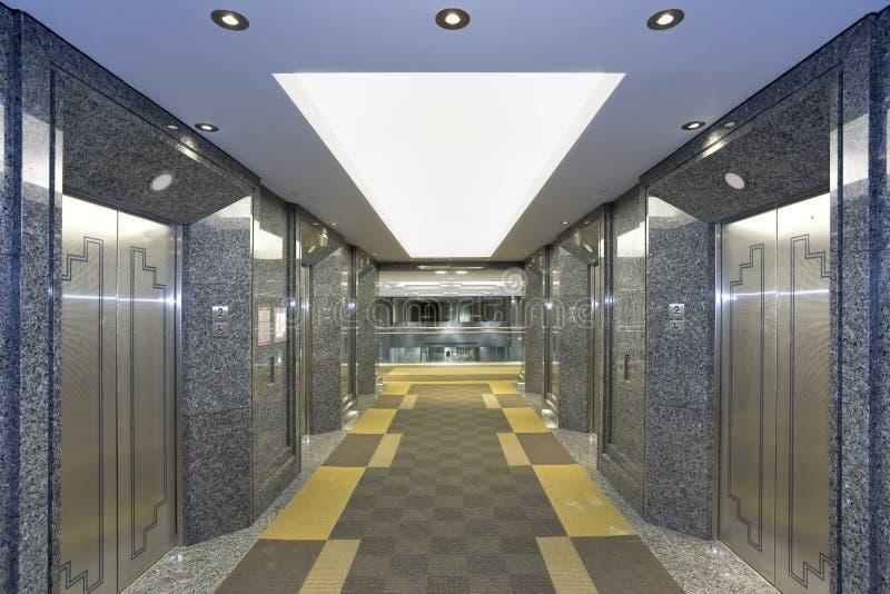 现代电梯的大厅 库存图片
