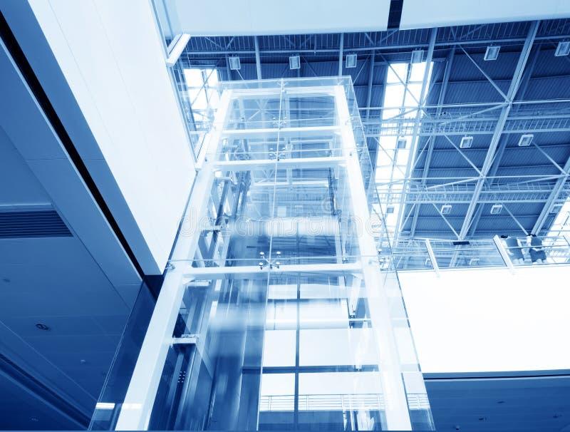 现代电梯的玻璃 库存照片