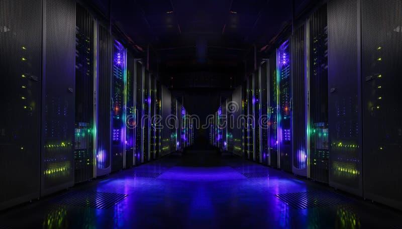 现代网网络和互联网电信技术、大数据存储和云彩计算的计算机维护企业conce 免版税库存照片