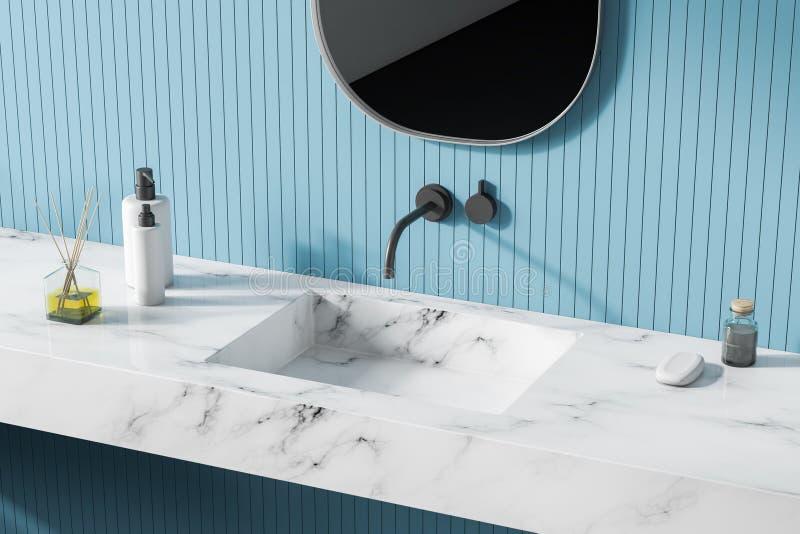 现代轻的卫生间内部 关闭 镜子 库存例证