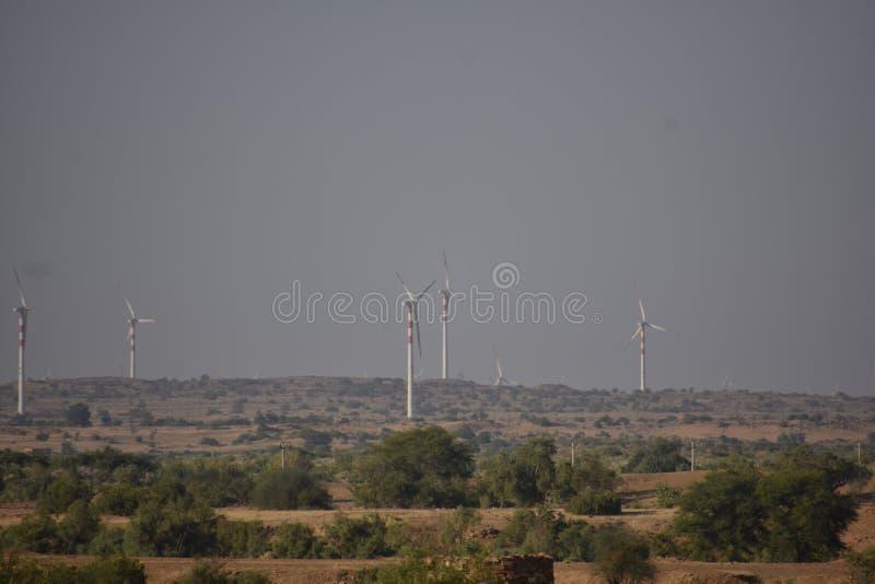 现代风车在Jaisalmer 免版税库存照片