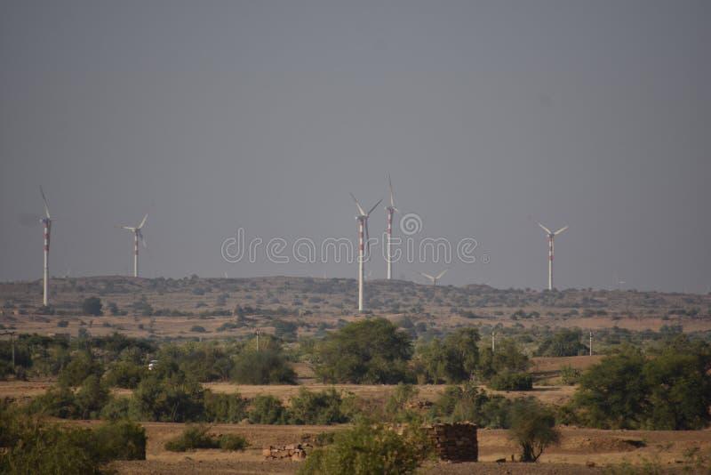现代风车在Jaisalmer 免版税库存图片