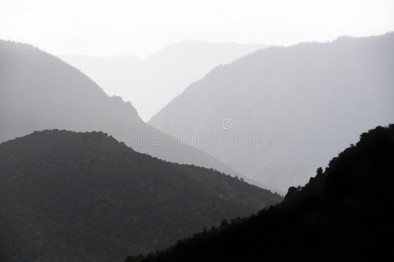 现出轮廓的峡谷 库存照片