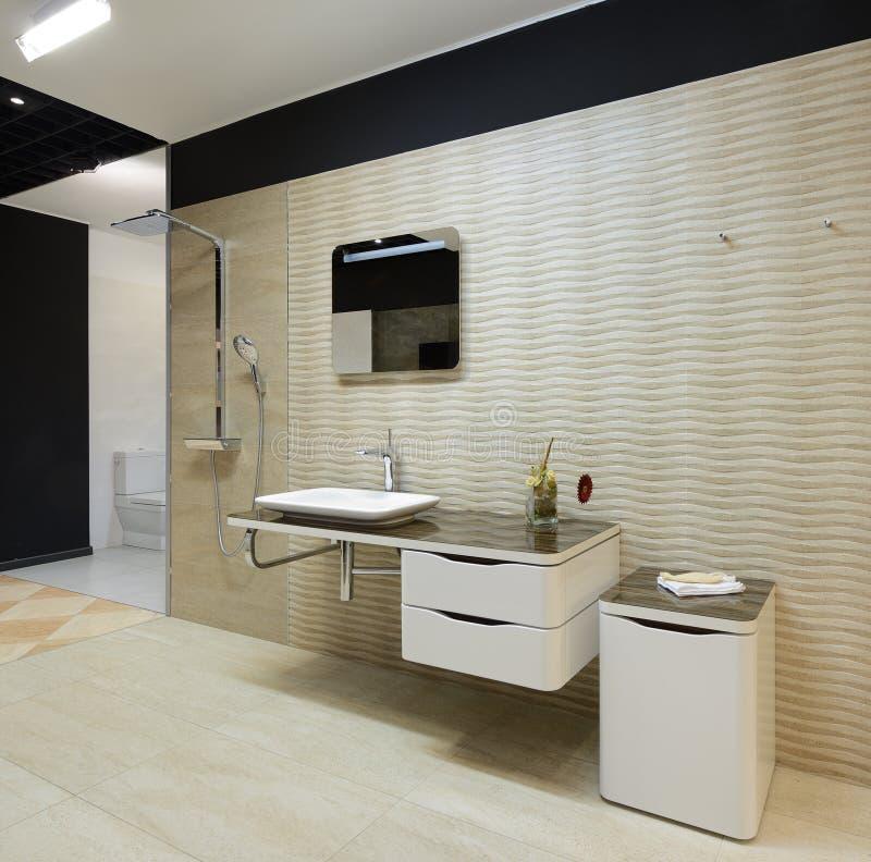 现代内部。卫生间 图库摄影