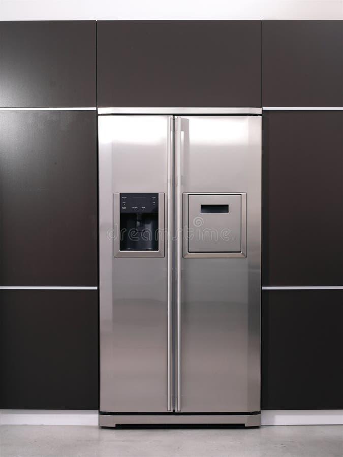 现代冰箱 免版税库存照片