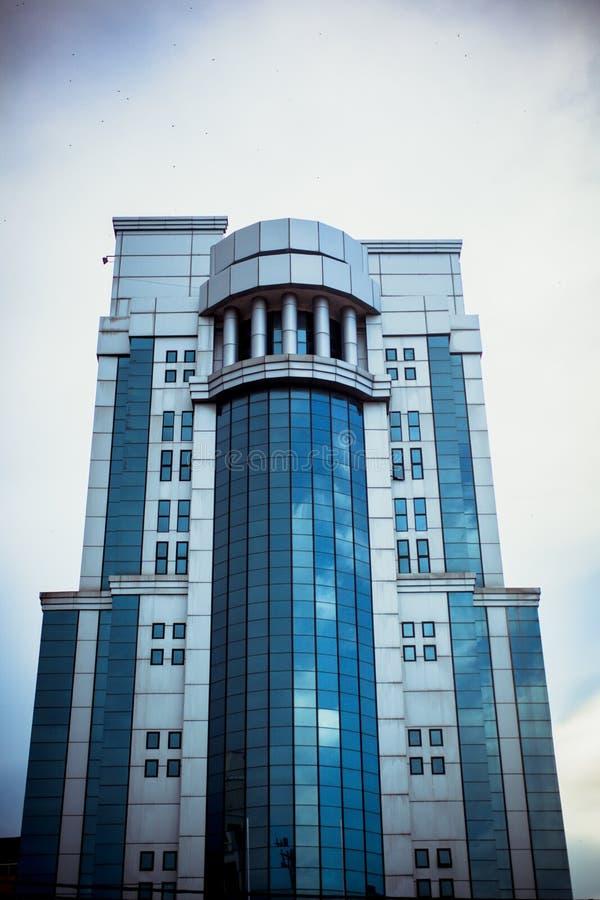 现代办公楼在天空的马来西亚 库存照片
