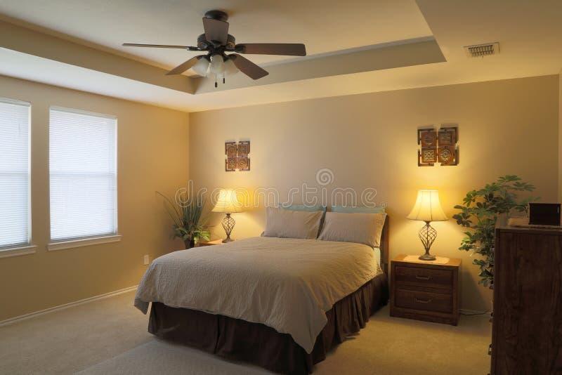 现代卧室背景 免版税图库摄影