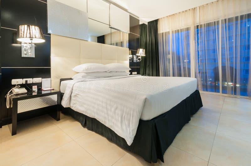 现代卧室 库存照片
