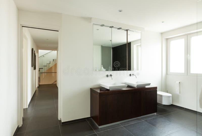 现代卫生间的房子 库存图片