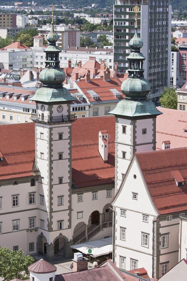 现代和古老克拉根福,奥地利 免版税库存图片