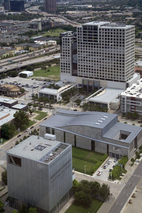 Download 现代城市达拉斯 编辑类照片. 图片 包括有 摩天大楼, 中心, 广场, 拱道, 地平线, 访问, 布哈拉 - 72365701