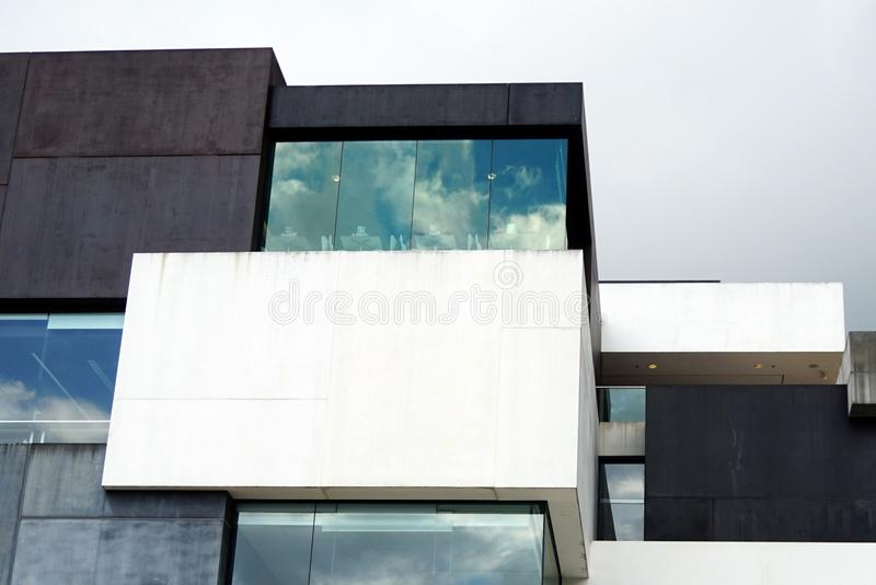 现代大厦几何细节 免版税库存图片