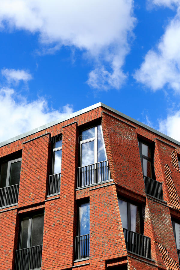 现代大厦看法在里加,拉脱维亚 免版税图库摄影
