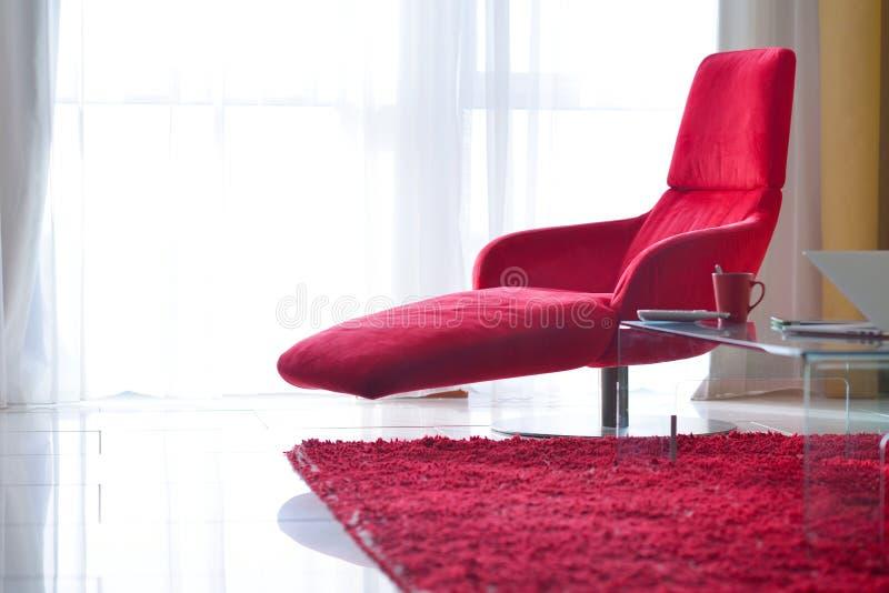 现代客厅椅子 免版税图库摄影