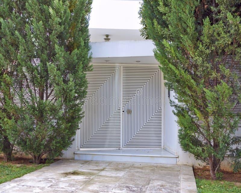 现代房子入口,雅典希腊 免版税库存图片