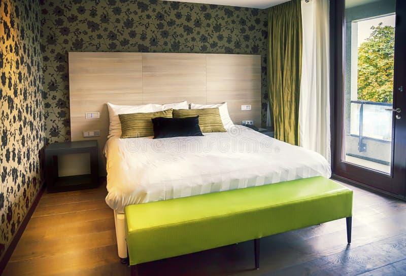 现代旅馆客房 免版税库存照片