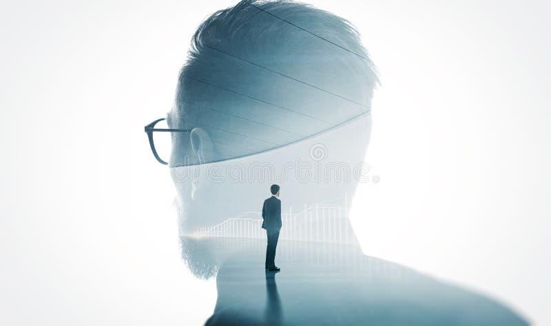 现代有胡子的银行家佩带的玻璃照片隔绝了白色 两次曝光时髦的成人商人时髦衣服和看dia 库存图片