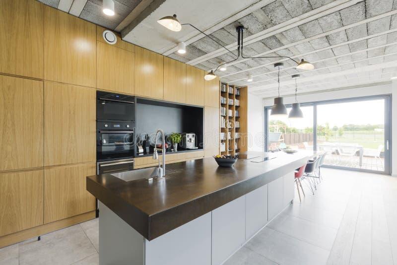 现代样式的厨房 图库摄影
