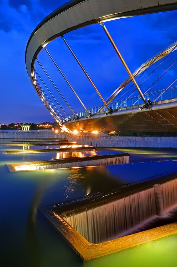 现代桥梁 库存图片