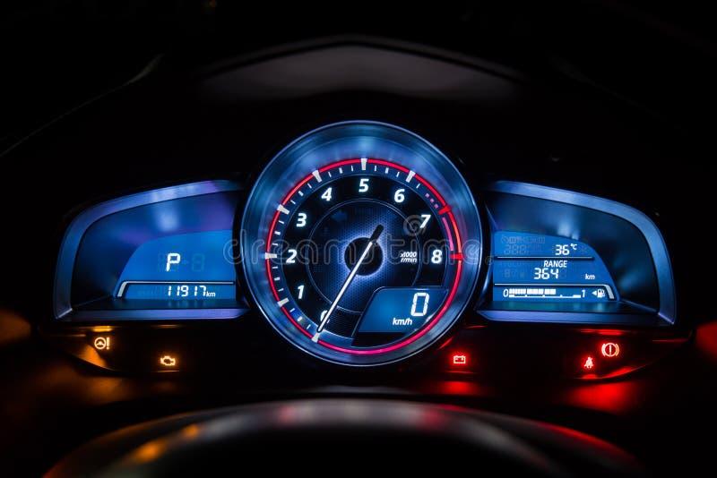现代汽车仪器仪表板盘区或车速表 免版税库存照片
