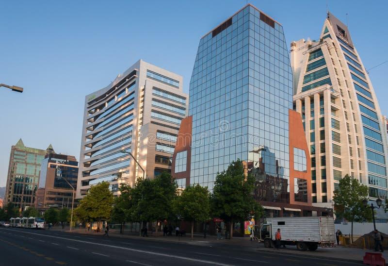 现代玻璃大厦圣地亚哥做智利 库存照片