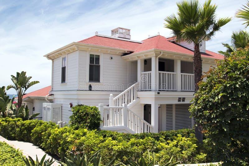 现代美国海滩家 免版税库存照片