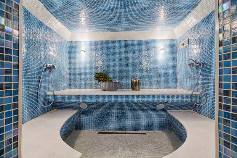 现代蒸汽浴内部 库存照片