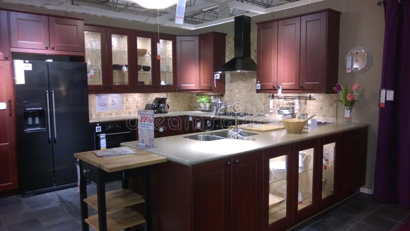 现代豪华厨房设计 免版税库存照片