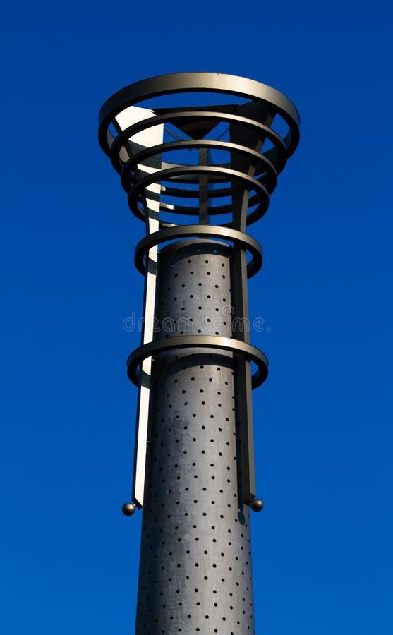 反对蓝天的钢火炬 图库摄影