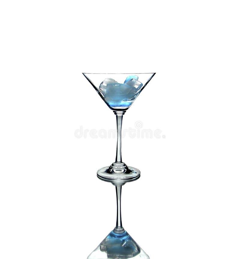 玻璃冰查出马蒂尼鸡尾酒白色 库存图片