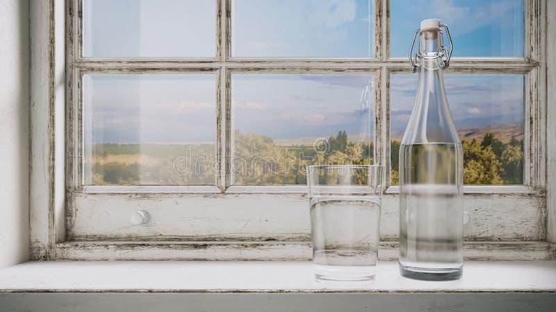 玻璃和一个瓶纯净的水,在窗台的一份饮料,点燃由太阳以老,破旧的土气风为背景 库存图片