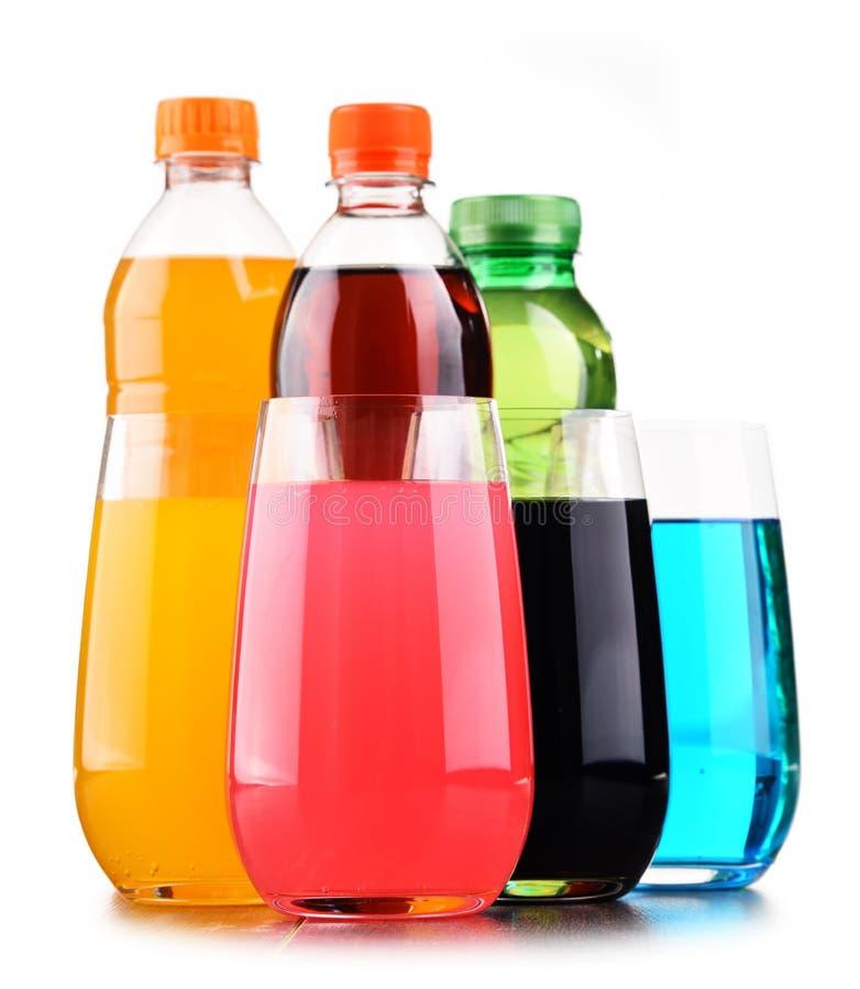 玻璃和瓶被分类的碳酸化合的软饮料 库存照片