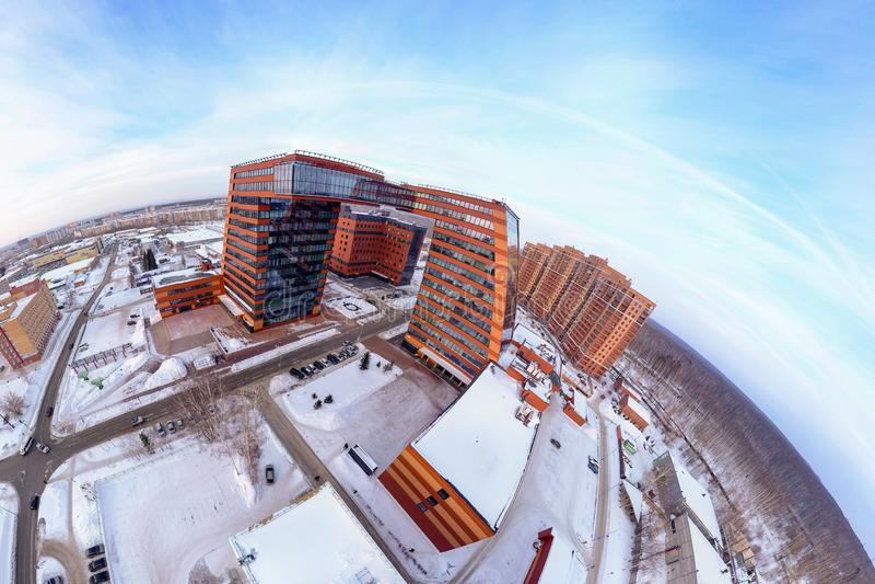 玻璃和红砖和创新项目,在Technopark的发明建筑复合体全景与实验室的 库存图片