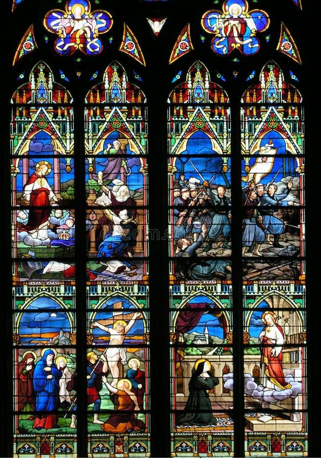 玻璃宗教被弄脏的视窗 免版税库存图片